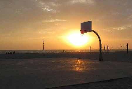 basketball_court_sunset