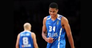adetokounmpo-calathes_ellada_spain_eurobasket2015